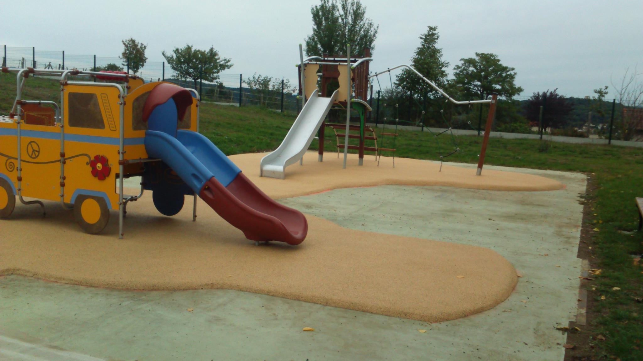 slide-img1